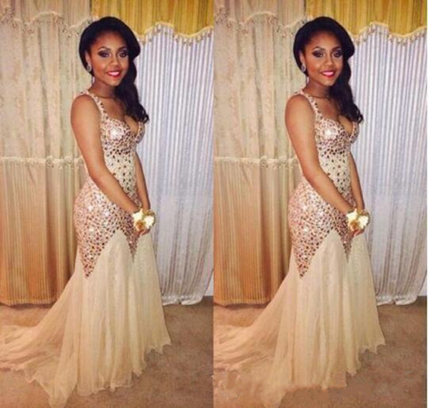 2018 Champagne New Designer Fiesta Beaded Crystals Prom Dresses Sparkly Backless Tulle Fitted Evening Gowns Elegant Dubai Graduation Dresses