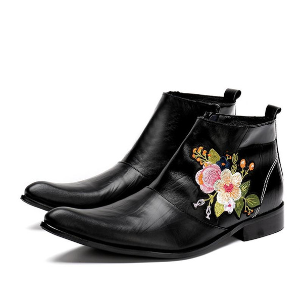 New Western Cowboy Boot Men Black Leather Boots for Men with Embroidery Flowers Nightclub High-heeled Boots Autumn