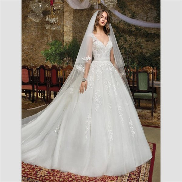 2018 Vintage Sexy V Neck White Organza A Line Wedding Dresses Custom Vestido De Novias Lace Appliques Wedding Gowns With Belt Bridal Dresses