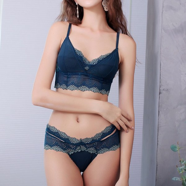 Sexy Underwire Underwear Thin Cup Lingerie Set French Women Lace Bra Set Push Up Brassiere Soft Comfortable Bra And Panties Set