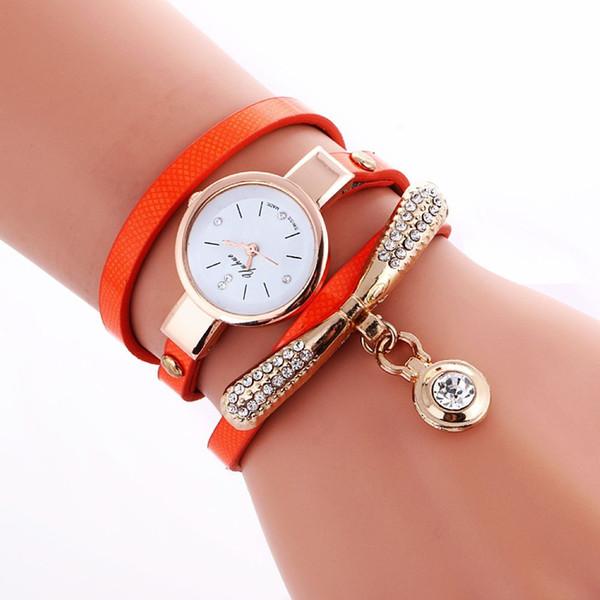 f61af320f50 Moda feminina pulseira de couro relógio de diamante pingente de pedra retro  mulheres vestido casual relógios de quartzo relógio de banda longa