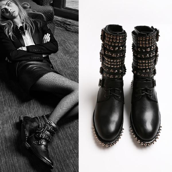 Bottes en cuir pleine fleur à crampons pour femmes Style punk Nouvelle marque Designer Dames Martin Boot