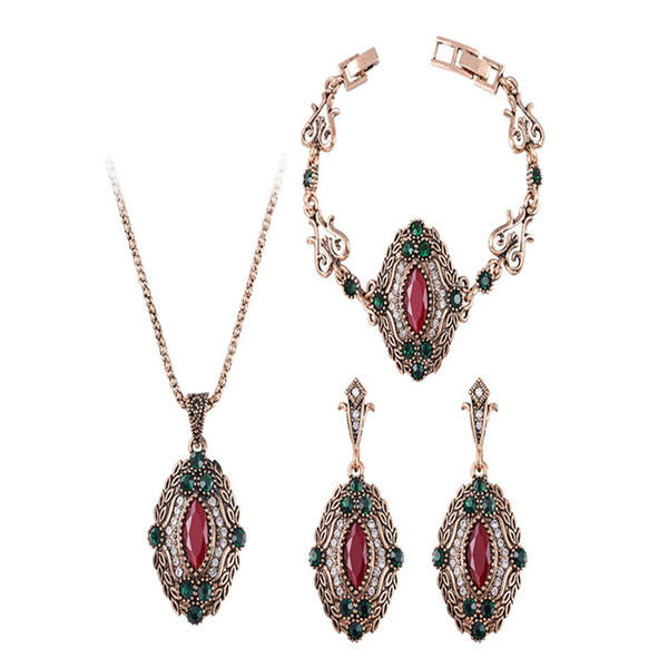 Personally Necklace Pendant Earring Bracelets 3Pcs Jewelry Set Gifts Vintage Multicolor Creative Design Jewelry Sets For Women