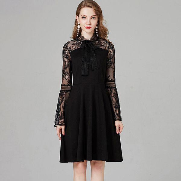 2018 Autunno Abiti da passerella delle donne O Collo Lungo Flare Maniche Ricamo Pizzo Patchwork Moda elegante Little Black Dresses