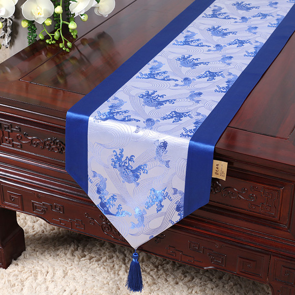best selling 200x33 cm Koi Daisy Bamboo Pattern Chinese Silk Table Runner Dining Table Mat Decorative Christmas Table Cloth Rectangle Damask Coffee Pads