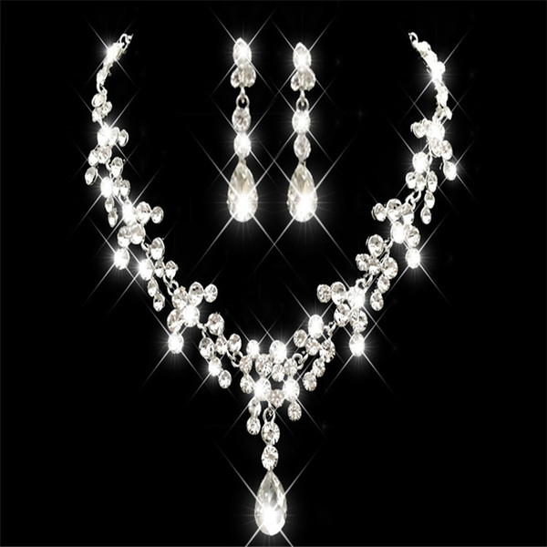 Korean Style Earring Necklace Set Cheap Hot Sale Sparkling Rhinestone Crystals Flower Pierced Earclip Bridal Party Bridal Jewelry