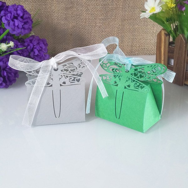 30pcs sticks hollow carved butterfly candy box baby shower gift box Christmas candy box birthday wedding party decor crafts5ZT57