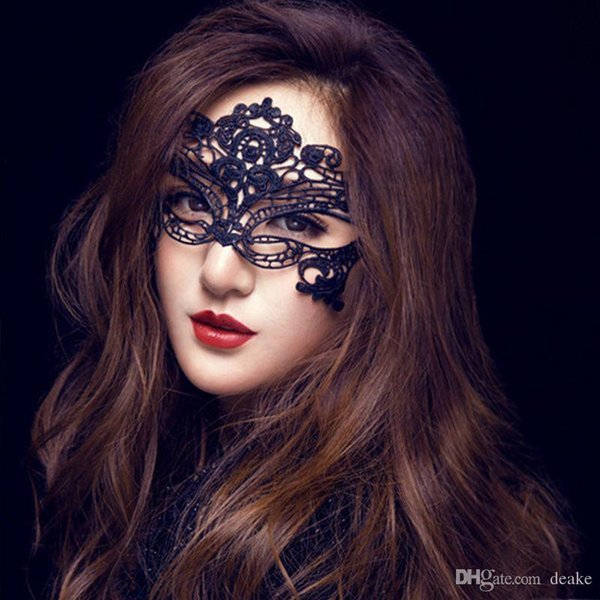 Wholesale- New Lace Mask Hot Mask Cutout Eye sexy queen Make-up party essential dress up costume party