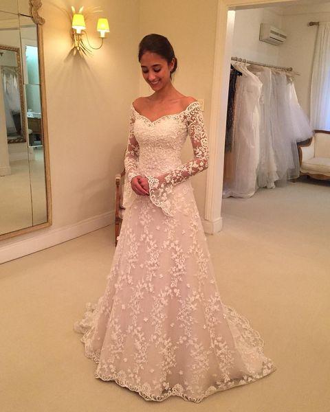 Vintage White Wedding Dresses Lace Long Sleeve Off Shoulder A Line Chapel Train Wedding Gowns Bridal Dresses Custom Made Brautkleider
