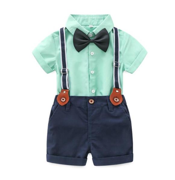 Nouveau Summer Bébé Garçons Ensemble Gengleman Enfants Bow Tie Manches Courtes Chemise + Jarretelles Shorts 2 pcs Garçon Vêtements Costume Enfants Tenues W176