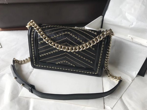2018 famous designer women handbags 7A top quality calfskin genuine leather chevron rivets silver and gold chain shoulder bags designer bags