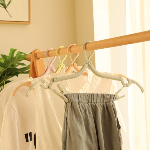 Factory direct telescopic portable travel hanger with two clothes socks clip