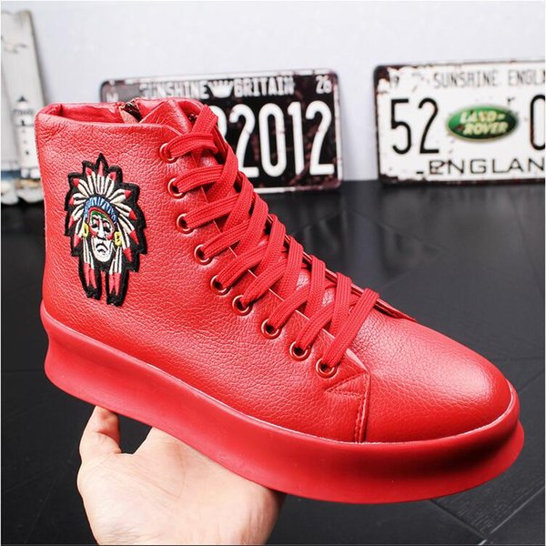 2018 NEW style Fashion Men Boots Genuine Leather Ankle Print Embroidery Casual Round Toe Shoes Men Short Boots Motorcycle Cowboy Boot S154