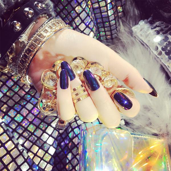 24pcs / Set Luce cambiato unghie finte Medio Lungo capo rotondo specchio riflettente Bling artificiale falso chiodi con colla di arte del chiodo punte