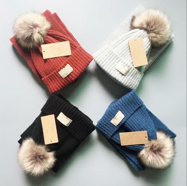 Enfants Australie Pom Pom Hat Scarf Set 4 Couleurs Tricoté Fourrure Pom Bonnets Hiver Chaud Crochet Chapeaux Foulards Filles Garçons En Plein Air Ski Chapeau