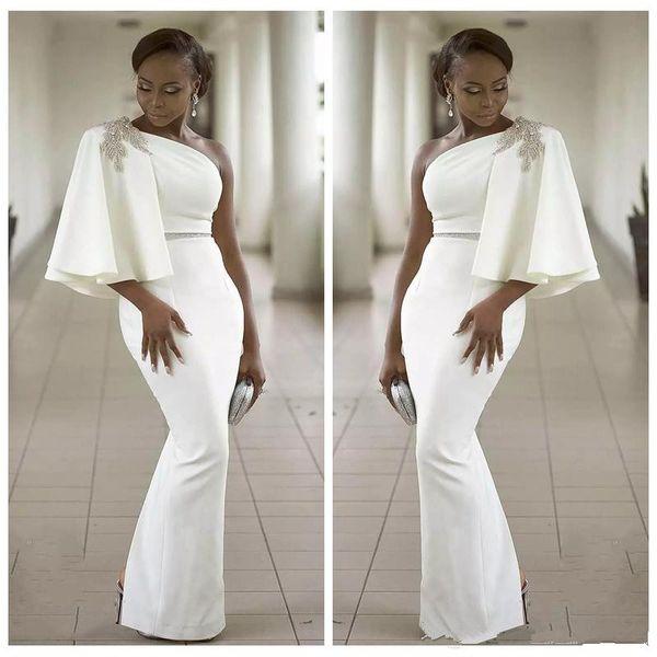 2018 Aso Ebi Slim Noir Filles Robes De Soirée Une Perles D'épaule Gaine En Strass Split Longue Satin Formelle Robes De Bal vestido formatura
