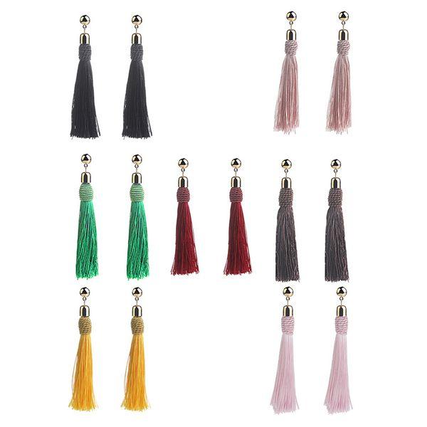 Orecchini con nappine Orecchini con ciondoli a forma di borchie Orecchini con eleganti orecchini nazionali per le donne di moda Varie occasioni disponibili