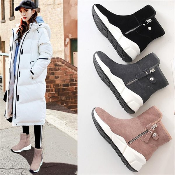 2018 Zapatos de diseñador para mujer En stock Gamuza tacones de cuero Tacones para mujer Negro Rosa Gris Zapatos Zapatillas de deporte de moda