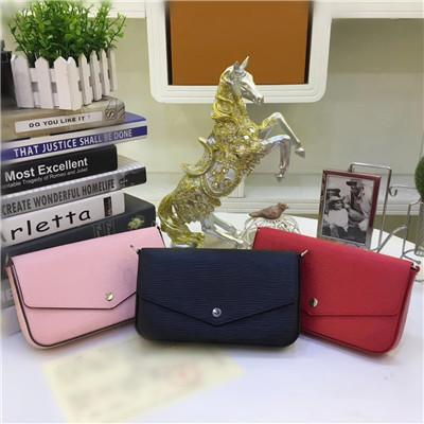 top popular Orignal Real Genuine Leather Fashion Chain shoulder Bag Handbag Water Ripple Mini Package Messenger Bags Mobile Card Holder Purse Felicie 2019