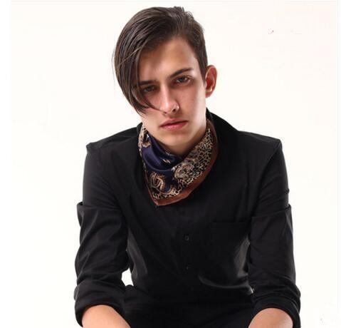2018 nueva bufanda de seda masculina Inglaterra primavera traje de seda pequeña camisa cuadrada cuello bufanda delgada