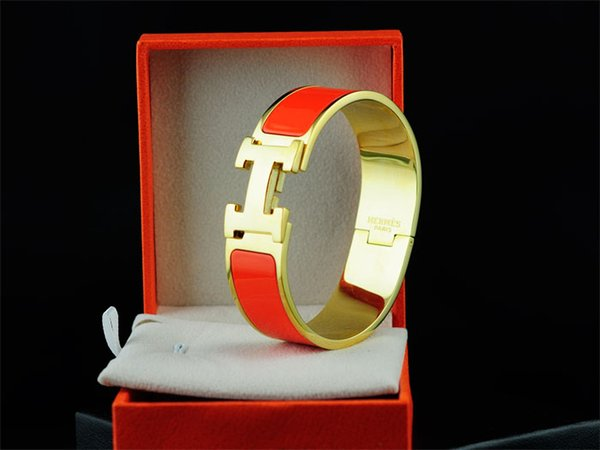2019 Factory Price High-end Quality Celebrity Design Letter Gold Metal Belt Bracelet Fashion Letter Metal Buckle Bracelets With Box