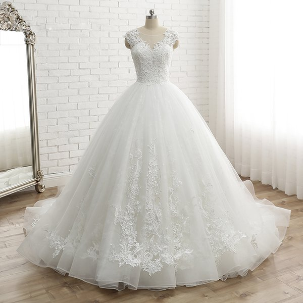 491eaab8a81 2019 New Hot Sell Sexy Sleeveless Women s Cap Sleeve Vintage Lace Bridal  Dress Custom Made Princess