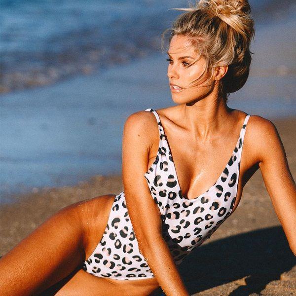 top popular 2018 new Womens 2pcs Bikini Set lady cheap Swimsuit Push-up Bandeau Top female Bathing Swimwear Padded Chest Wrap Swimwear Bathing Clothes 2020