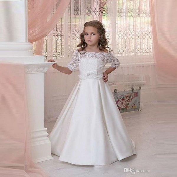 2019 Fashion Cheap White Lace Flower Girls Dresses For Weddings First Communion Dresses For Girls Off The Shoulder Bow Knot Sash Belt