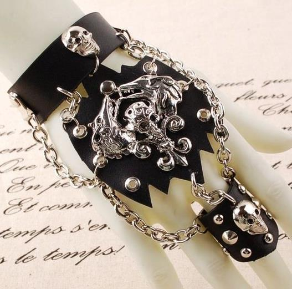 Popular men ' s fashion punk personality non - mainstream semi - cutting leather gloves thunderbolt death skeleton ring bracelet integral ch