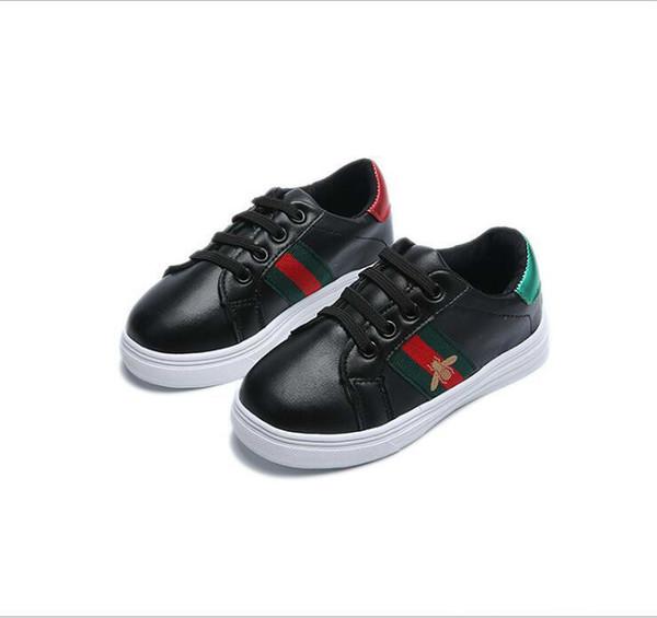 Düşük Fiyat Yeni Tasarımcı Pembe Altın Gümüş Eur21-36 Perçinler Çocuk Sneaker Yüksek Kaliteli Çocuk Ayakkabıları Kız Erkek ayakkabı.