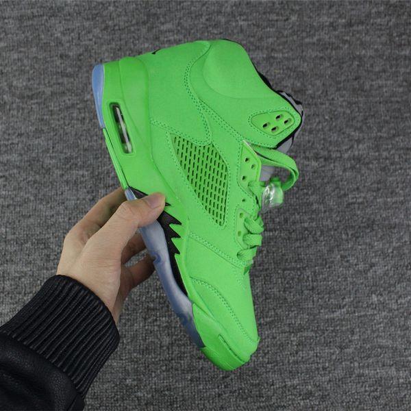 bba30226869e 2018 Air Retro 5 V Green 3M Reflect Mens Women Basketball Shoes Jumpman J5  Suede Blue