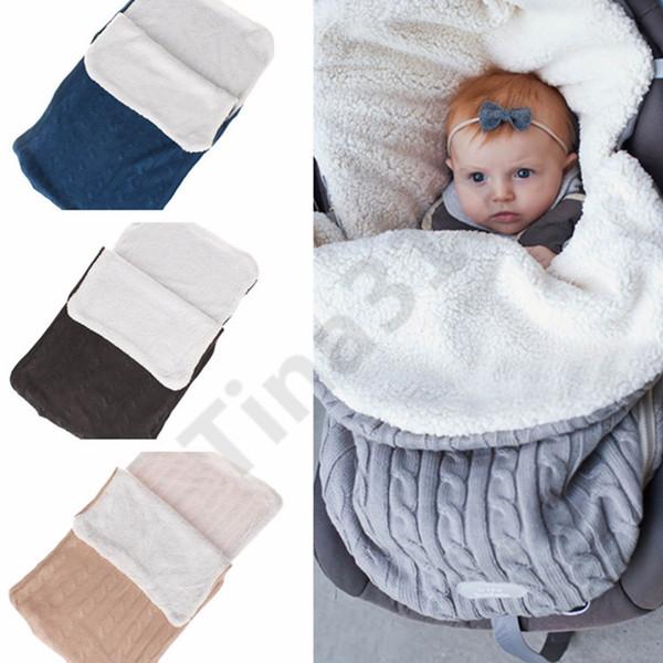 Bebé mantas de punto hechas a mano sacos de dormir de invierno Wraps foto Swaddling Nursery ropa de cama carrito carrito Swaddle batas 30pcs T1I1000
