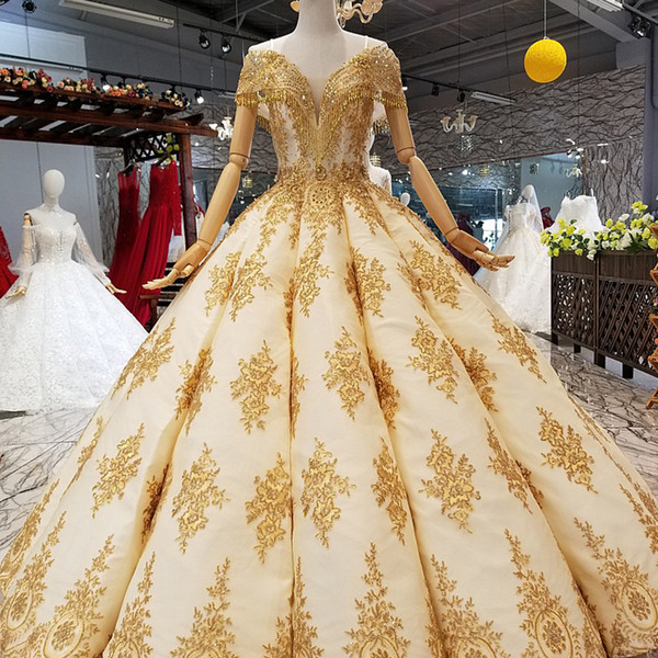 2019 Golden Lace Shiny Evening Dresses With Tassel Off Shoulder Sweetheart Floor Length Curve Shape Party Dresses Quick Shipping