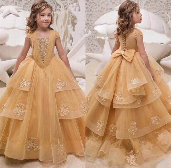 2019 Cap Sleeves Lace A Line Flower Girl's Dresses Tulle Lace Applique Layered Ruffles Floor Length Girl's Birthday Party Pageant Dresses