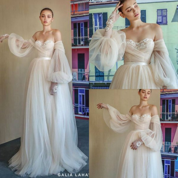 Discount 2019 Vintage Designer Wedding Dresses Off Shoulder Loose Long Sleeve Bridal Gowns With Lace Applique Beads Customized Wedding Dress Bridal