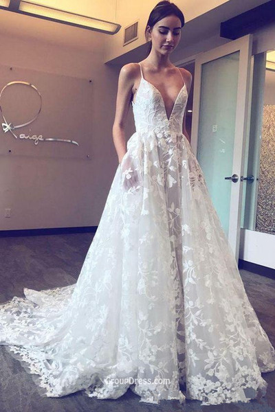 3D Floral Lace Beach Wedding Dresses with Pocket Design 2018 Modest Spaghetti Backless Full length Garden Castle Wedding Gown