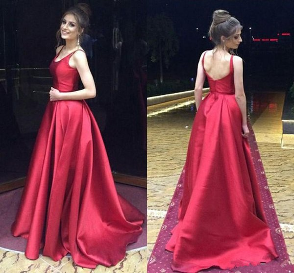 Simple Long Homecoming Dresses Satin A-Line Straps Round Neckline Cheap Prom Dress Open Back Sleeveless Evening Gown Party Clothes