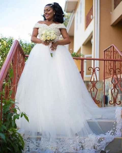Luxury Pearls Beaded Wedding Gowns Sweetheart Off Shoulder Straps African Bridal Gowns Long Puffy Tulle Bride Dress With Appliques