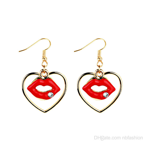 2018 Nuevas llegadas Tendencia de la moda europea Accesorios Moda Amor Flaming Lips Pendientes Red lipstick Earring for Women