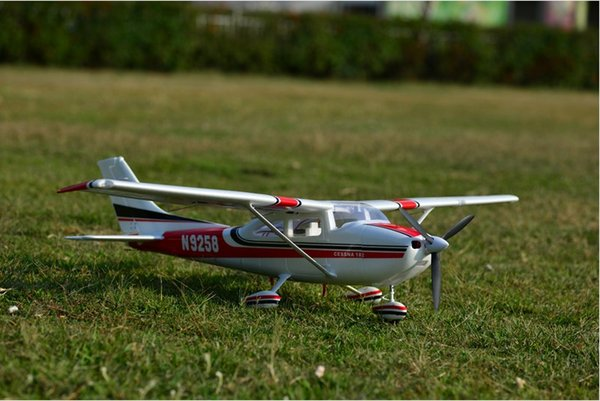 EPO plane/ RC airplane/RC MODEL HOBBY TOY BEGINNER plane 5 channel 1410mm WINGSPAN CESSNA182 (have kit set or PNP set)