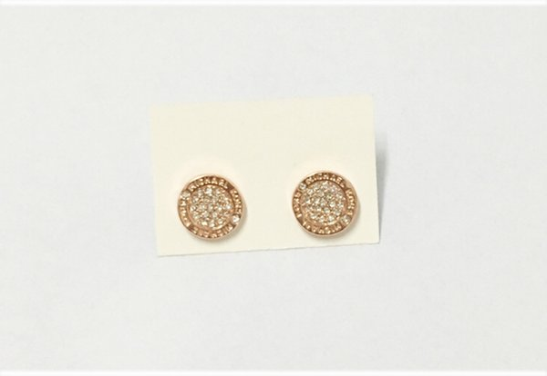 2018 clouté boucles d'oreilles lettre M mode 3 couleurs Europe et les États-Unis bijou bijou boucles d'oreilles