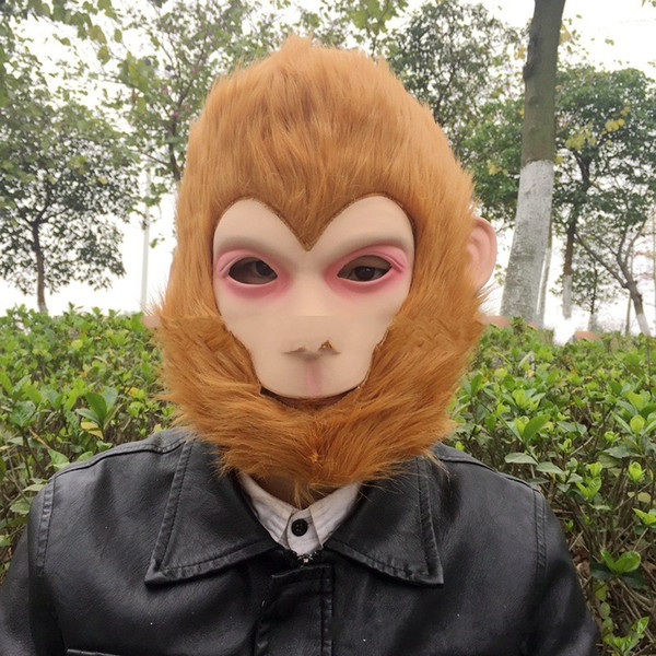 Classic Monkey King Mask Halloween Cosplay Puntelli Copricapo In gomma artificiale Latex Full Mask Hair Toy Vendita calda 28gg Ww