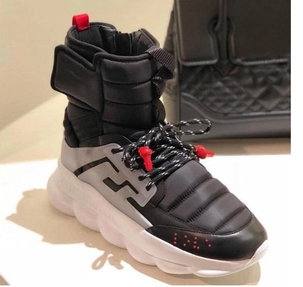 2018 autumn and winter new Medusa men's shoes thick bottom increased short tube Martin boots Korean high-top men's shoes889606