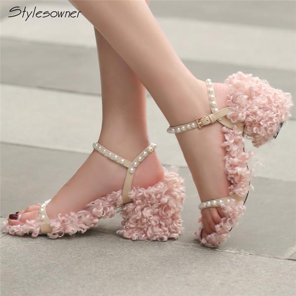 wholesale Pearl Curly Sheep Hair Heels Sandals Chunky Heels Wool Buckle Women Sandals Euramerican Sweet Shoes Shearling Shoes