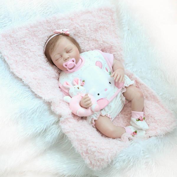 Vente en gros - 22 pouces Silicon Reborn Baby Dolls Nouveau-né Toddler Poupée Dormir Baby Doll Fille Yeux Fermer Avec Des Vêtements De Cheveux Réaliste Mignon Jouets