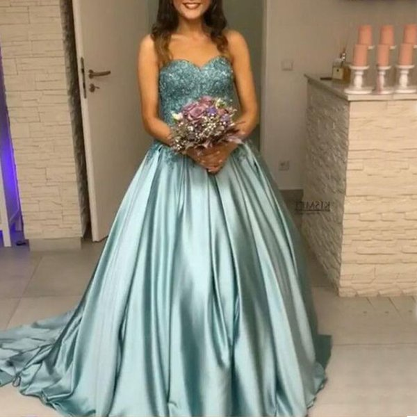 New Arrival Arabic Long Prom Dresses Sweetheart Sleeveless Lace Appliques Top Corset Back Evening Party Gowns Sweep Train Custom Made