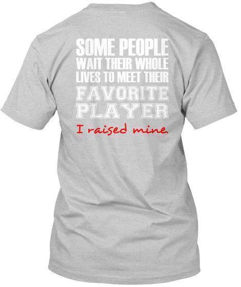 Mamã favorita S do futebol do jogador - algum T-shirt de Hanes Tagless da espera dos povos