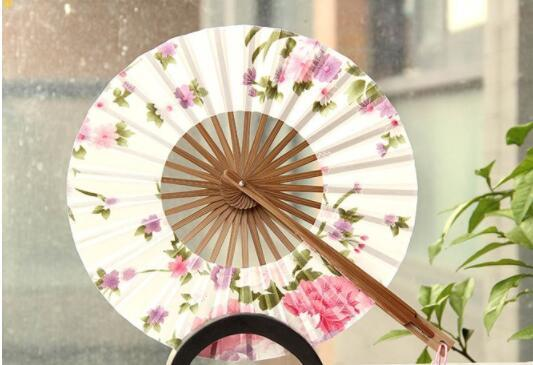 50pcs/lot Delicate Cherry Bloom Printing Folding Bamboo Fan Japanese Chinese Wedding Favors Pocket Fan Free Shipping