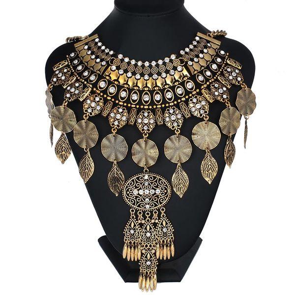 Yeni Tasarım Vintage 2017 Bildirimi Salkım Büyük Bling Kristal Çiçekler Kolye Kadın Maxi Chokers kolye Kostüm Takı