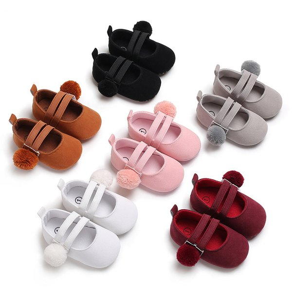 2018 new style cute ball cotton fabric baby girl shoes non-slip soft soled footwear for newborn crib shoes toddler girls